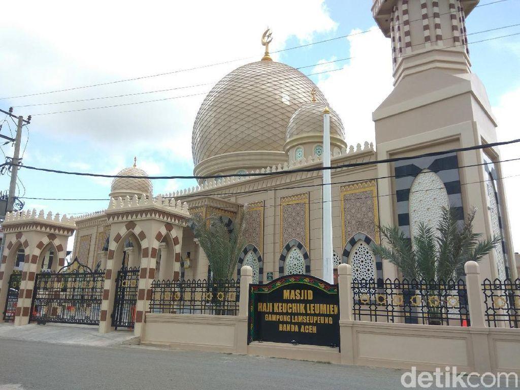 Masjid Indah di Aceh yang Dibangun Seorang Pengusaha