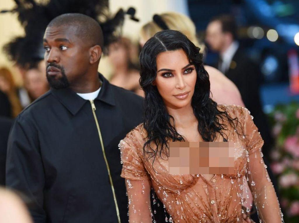 Biaya Kim Kardashian-Kanye West untuk Pengasuh Anak Capai Rp 18,2 M