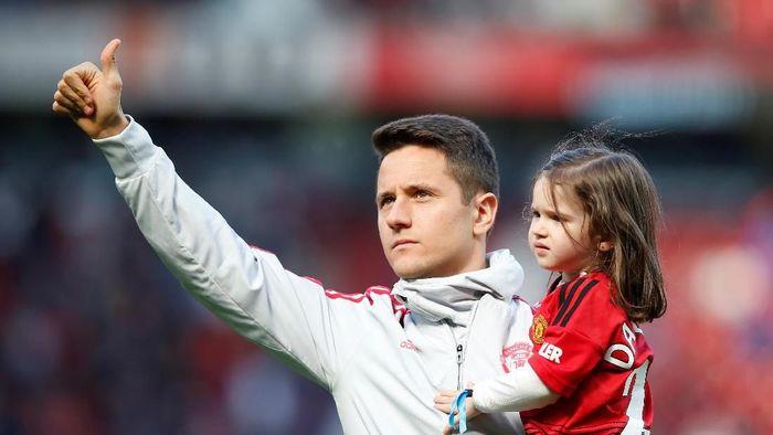 Ander Herrera berikan salam perpisahan untuk fans Man United (Andrew Yates/Reuters)