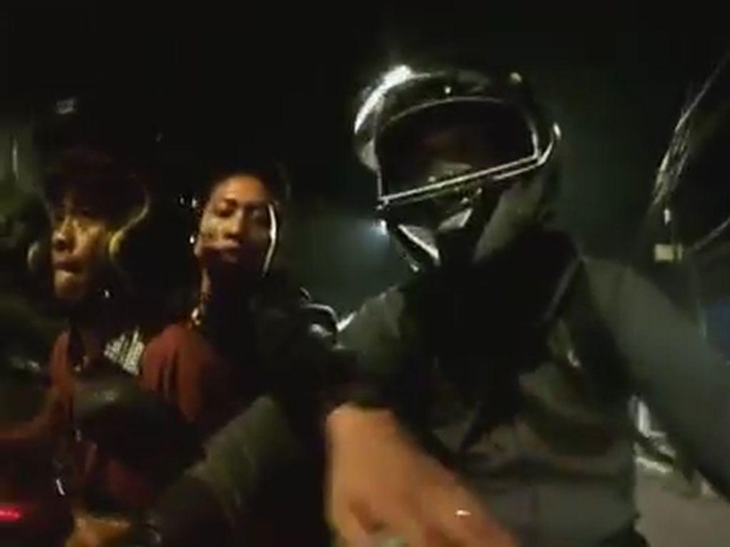 Video Detik-detik Aksi Begal Gagal Rampas Sepeda Motor