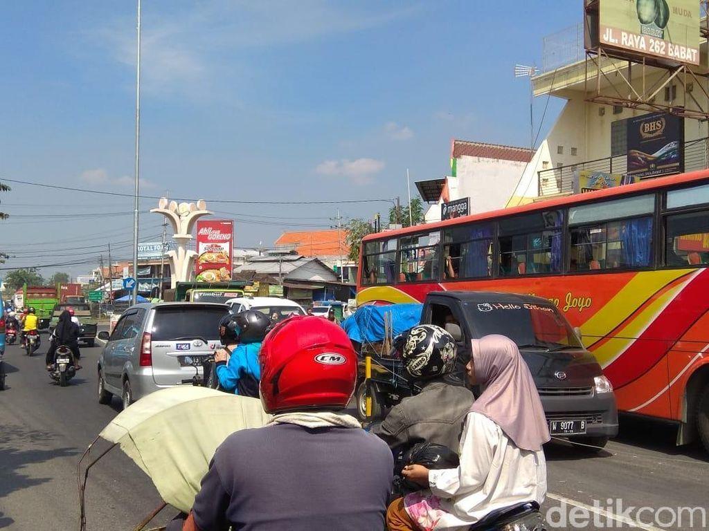 Antisipasi Macet Saat Mudik, Polisi Ajukan Pembatas Jalan di Pasar Babat