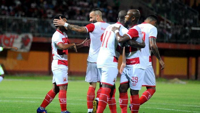 Madura United ke puncak klasemen usai kalahkan Persela (Saiful Bahri/Antara)