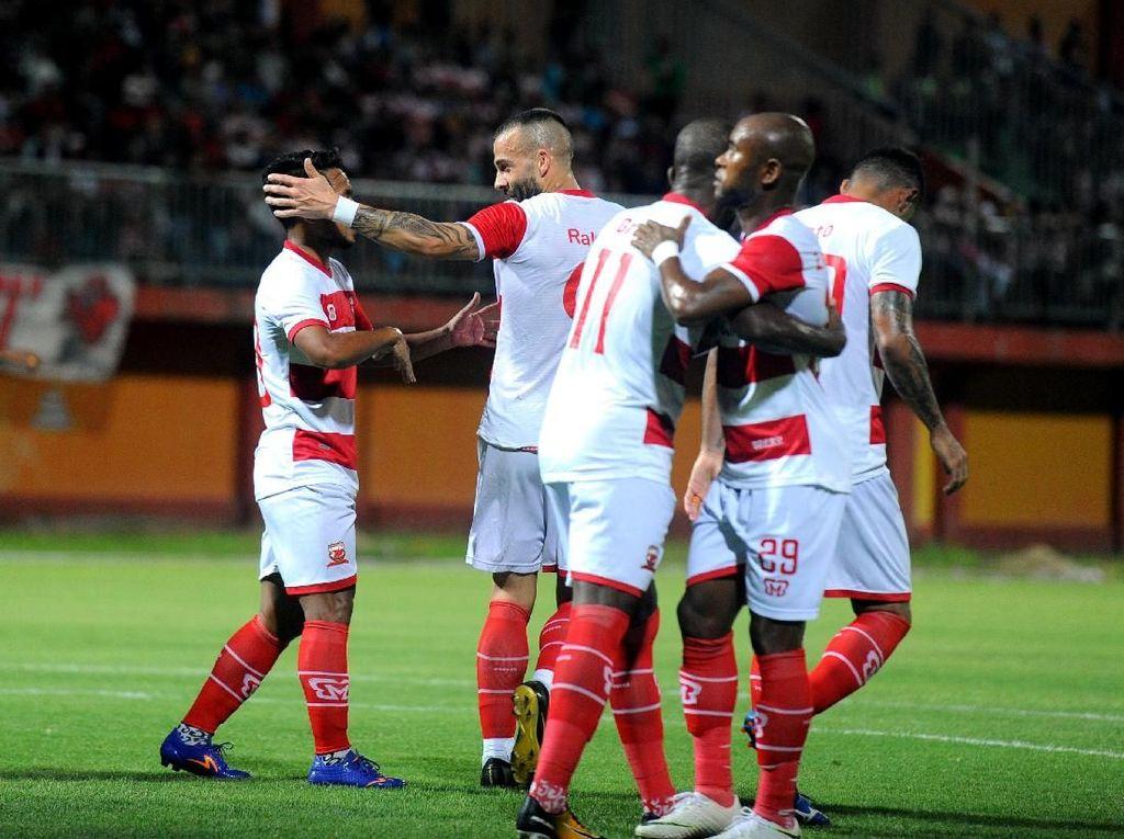 Hasil Liga 1: Madura United Tundukkan Persib Bandung 2-1