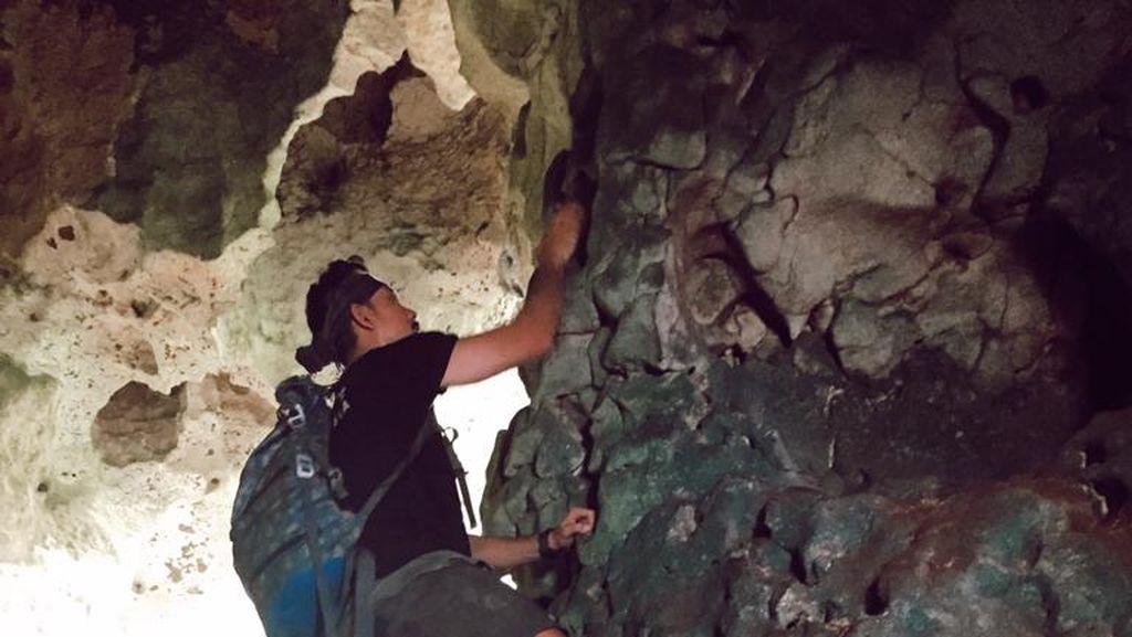Foto: Petualangan MTMA Survival Menemukan Gua Tapak Tangan