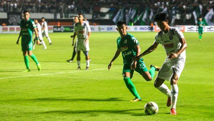 Arema FC ditaklukkan PSS Sleman 1-3 di Liga 1 2019. (Foto: Andreas Fitri Atmoko/Antara)