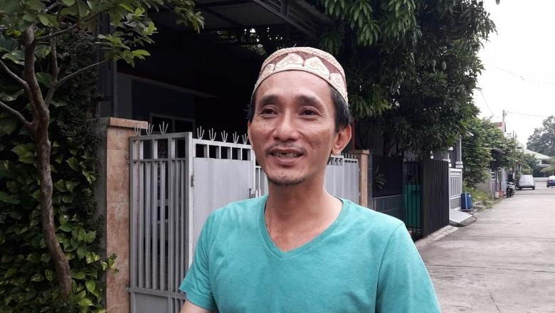 Ketua RT Sebut Wanita Perekam Video Pria Ancam Jokowi Relawan 02