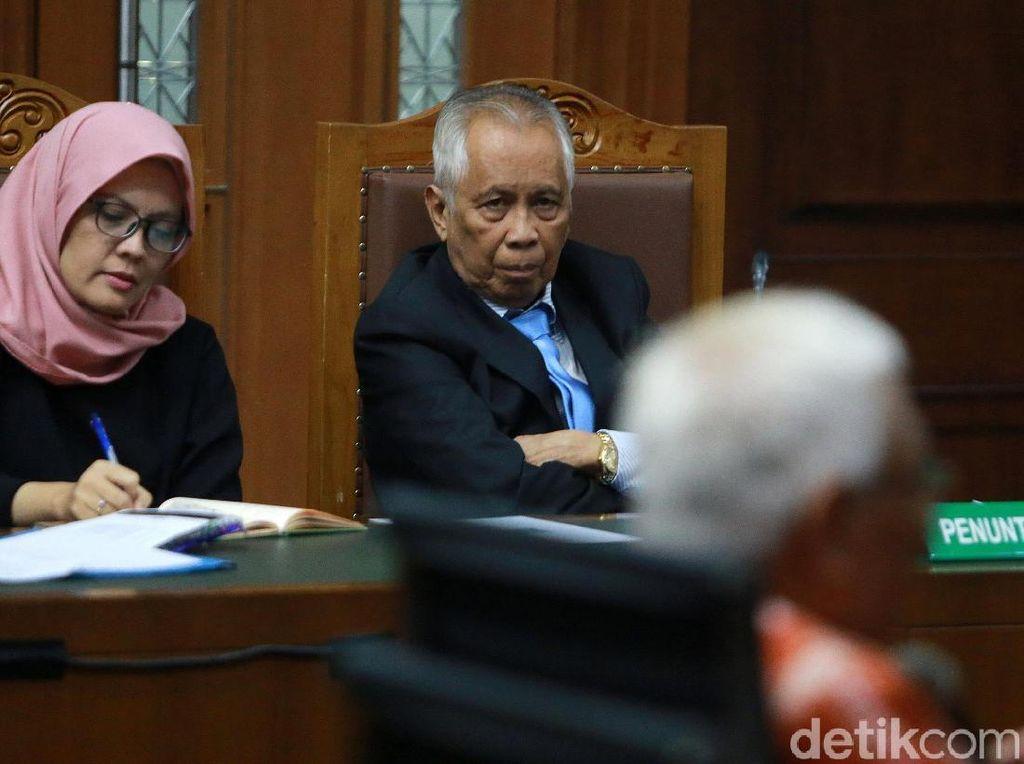 Eks Hakim Agung Jadi Saksi Ahli di Sidang PK OC Kaligis