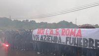 Aksi protes ultras Roma.