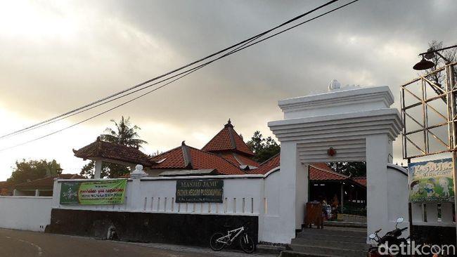 Berita Sejarah Panjang Masjid Pathok Negoro, Benteng Pertahanan Sultan HB I Sabtu 24 Agustus 2019