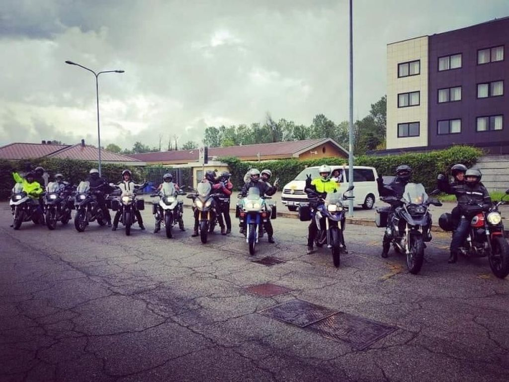 Pengalaman Seru Touring Naik Motor dari Italia ke Kroasia