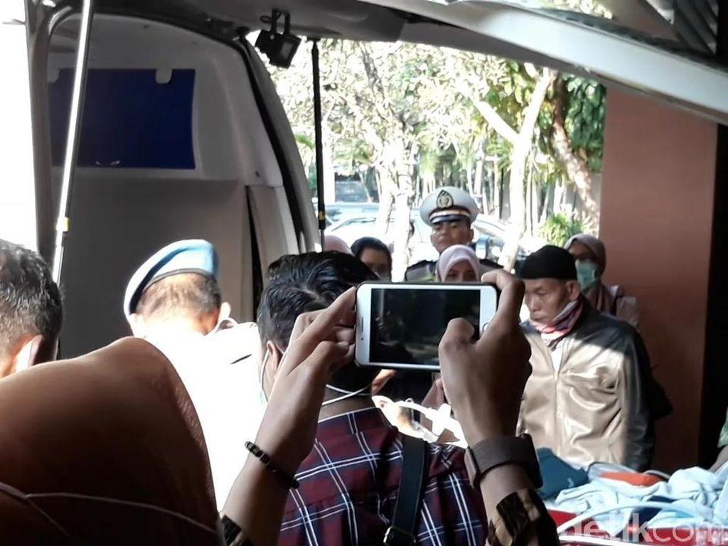 AKP Aditia Dibawa Berobat ke Singapura via Bandara Adi Soemarmo