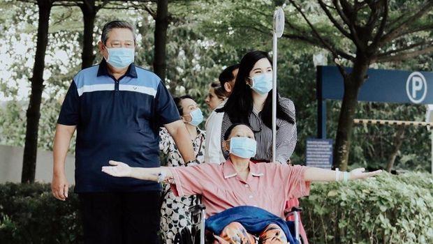 SBY, Ani Yudhoyono dan Annisa Pohan