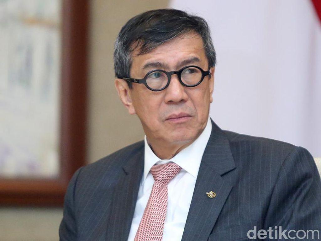 Novanto Pelesiran, Aktivis Hukum Desak Menkum HAM Mundur