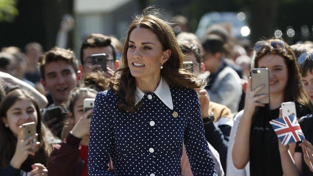 Bak Selebriti, Para Putri Kerajaan Dunia Tampil dengan Gaun Belahan Tinggi
