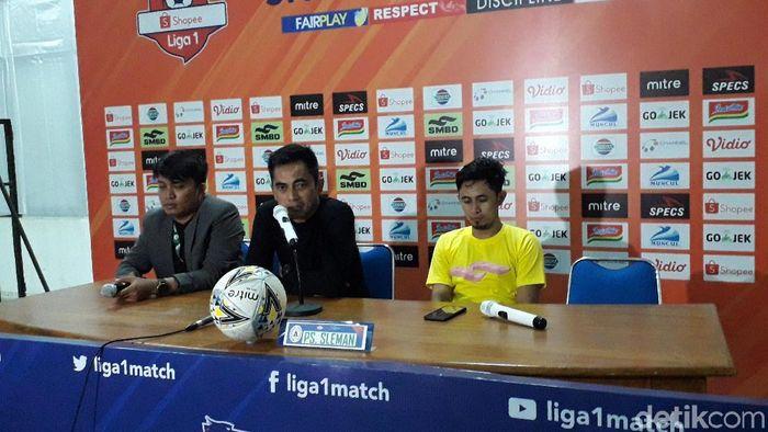 Pelatih PSS Sleman, Seto Nurdiantoro. (Foto: Ristu Hanafi/detikcom)
