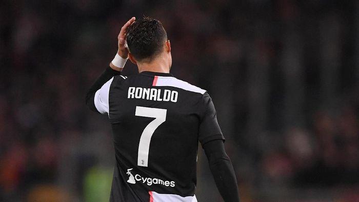 Cristiano Ronaldo tengah dililit kasus dugaan pemerkosaan pada wanita Amerika Serikat bernama Kathryn Mayorga. (Foto: REUTERS/Alberto Lingria)