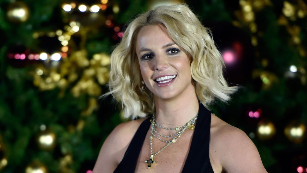 LAS VEGAS, NV - NOVEMBER 21: Singer Britney Spears arrives at a Christmas tree-lighting ceremony at The LINQ Promenade on November 21, 2015 in Las Vegas, Nevada.   David Becker/Getty Images/AFP
