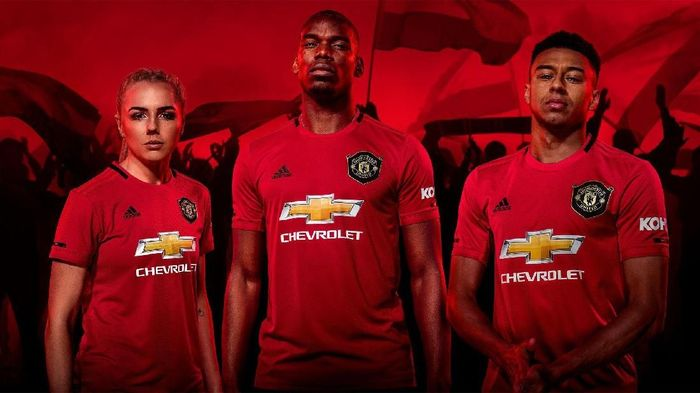 97c6d4d6716 Jersey baru Manchester United (Manchester United)