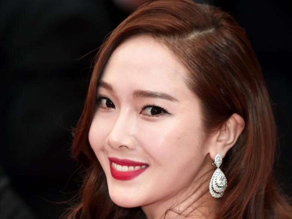 Wajah Jessica Ex SNSD Berbeda, Netizen Kritik Kebanyakan Operasi Plastik