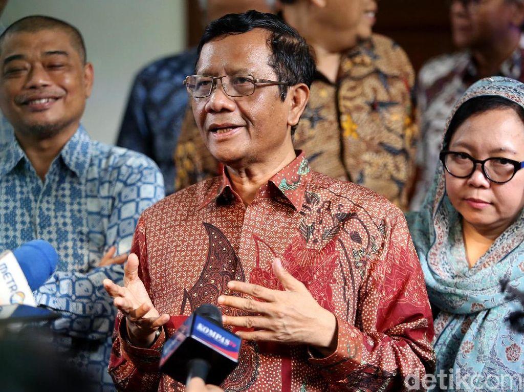 Bahas Rekonsiliasi, Mahfud MD Sambangi Kediaman Megawati