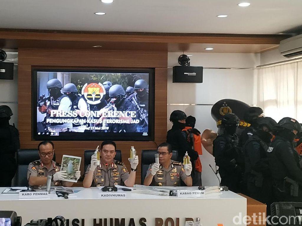 Rentetan Densus 88 Tangkap 29 Teroris Bomber 22 Mei