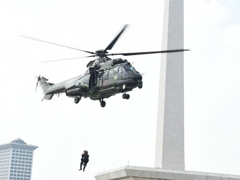 Simulasi Pengamanan Kantor KPU, TNI Kerahkan Satuan Gultor