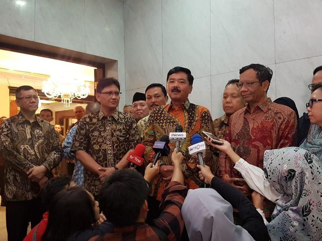 Panglima TNI-Mahfud Bertemu, Bahas Kesiapan Pengamanan Pascapemilu