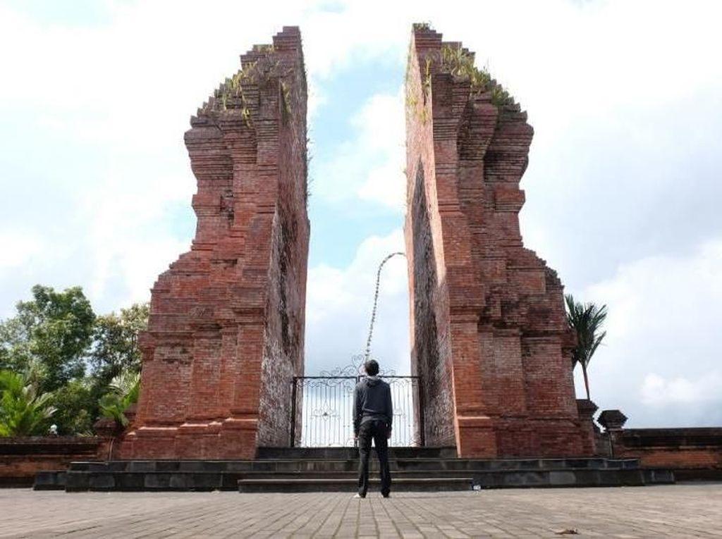 Bukan di Bali, Ini di Lumajang