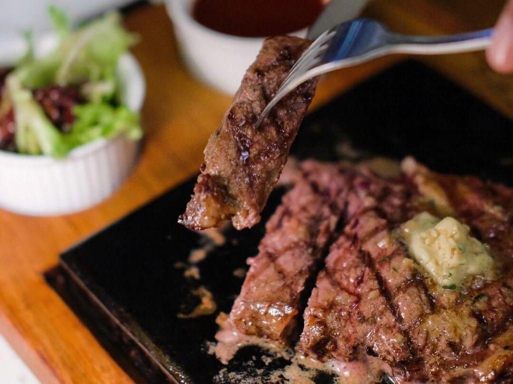 Beefsteak All You Can Eat Bisa Disantap di 5 Restoran Ini