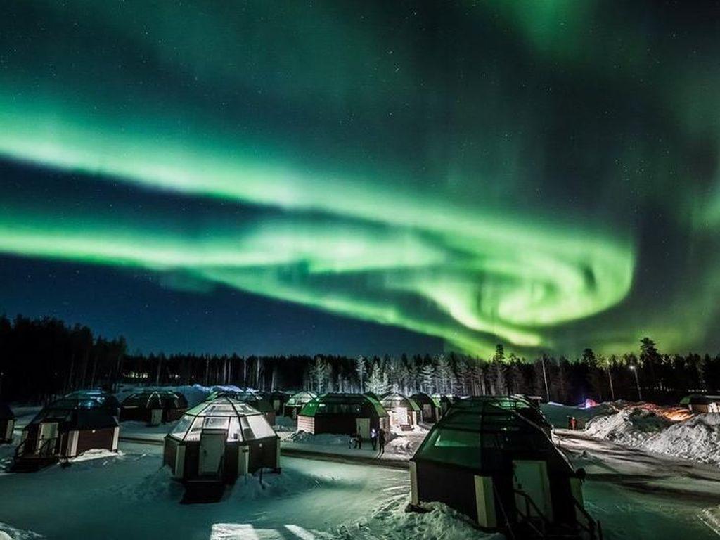 Letusan Matahari Picu Badai Geomagnetik, Bikin Aurora Borealis Lebih Jelas