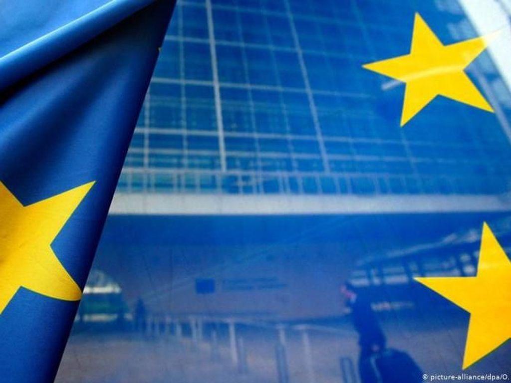 Kesenjangan Utara-Selatan di Eropa, Pertarungan Perebutan Dana