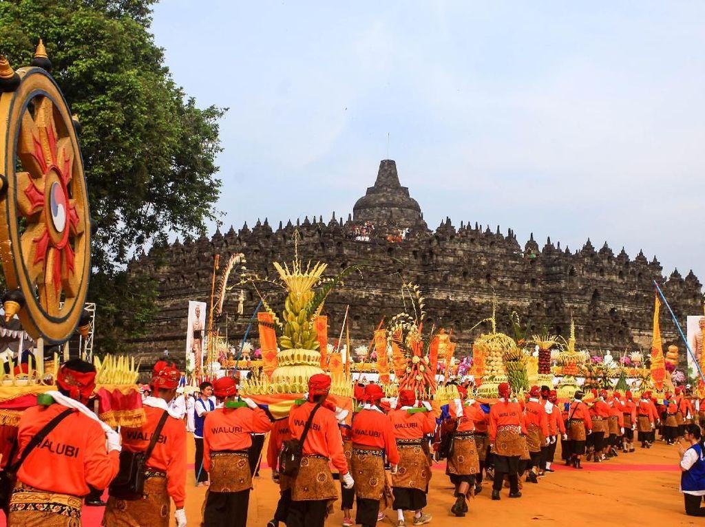 Pandemi Corona, Kemenag Imbau Umat Buddha Rayakan Waisak di Rumah
