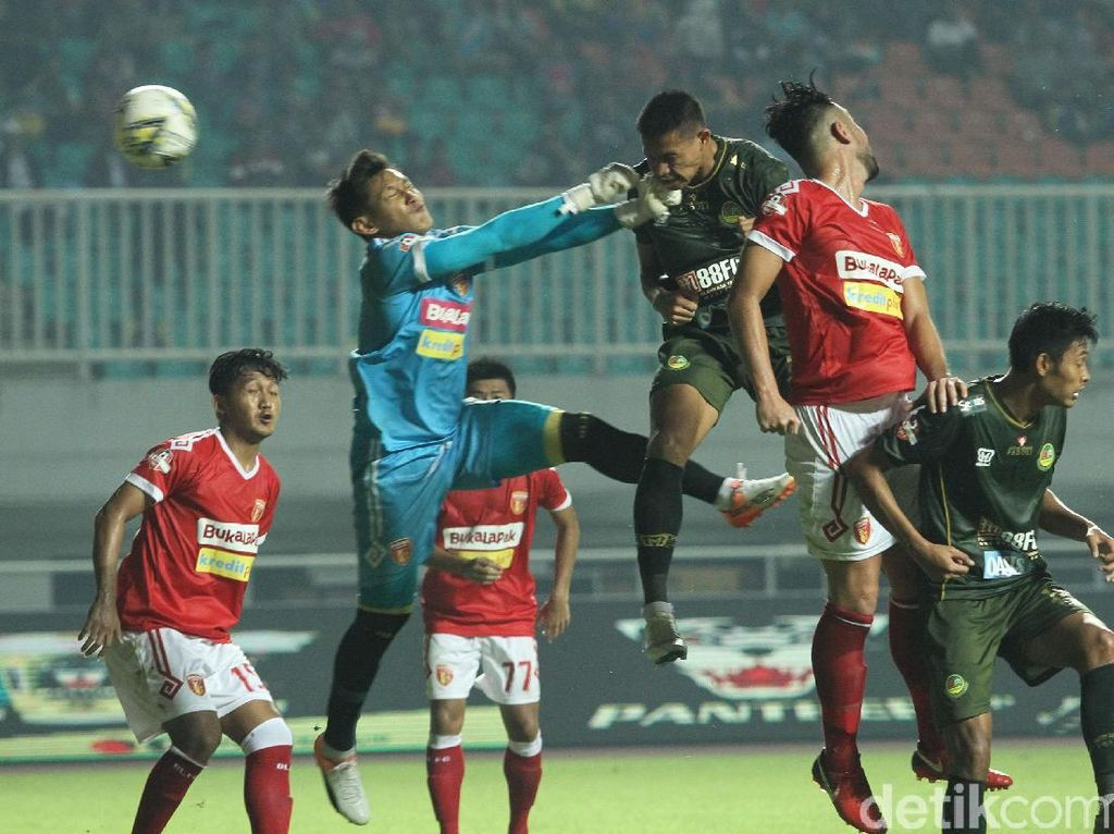 Tira Persikabo vs Perseru Badak Lampung: Young Warriors Menang 3-0