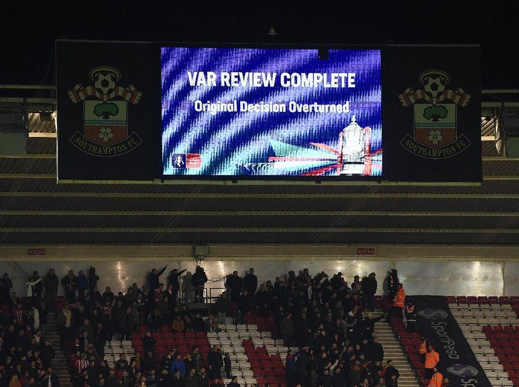 Final Piala FA Pakai VAR Lagi dan Hal-hal yang Perlu Diketahui