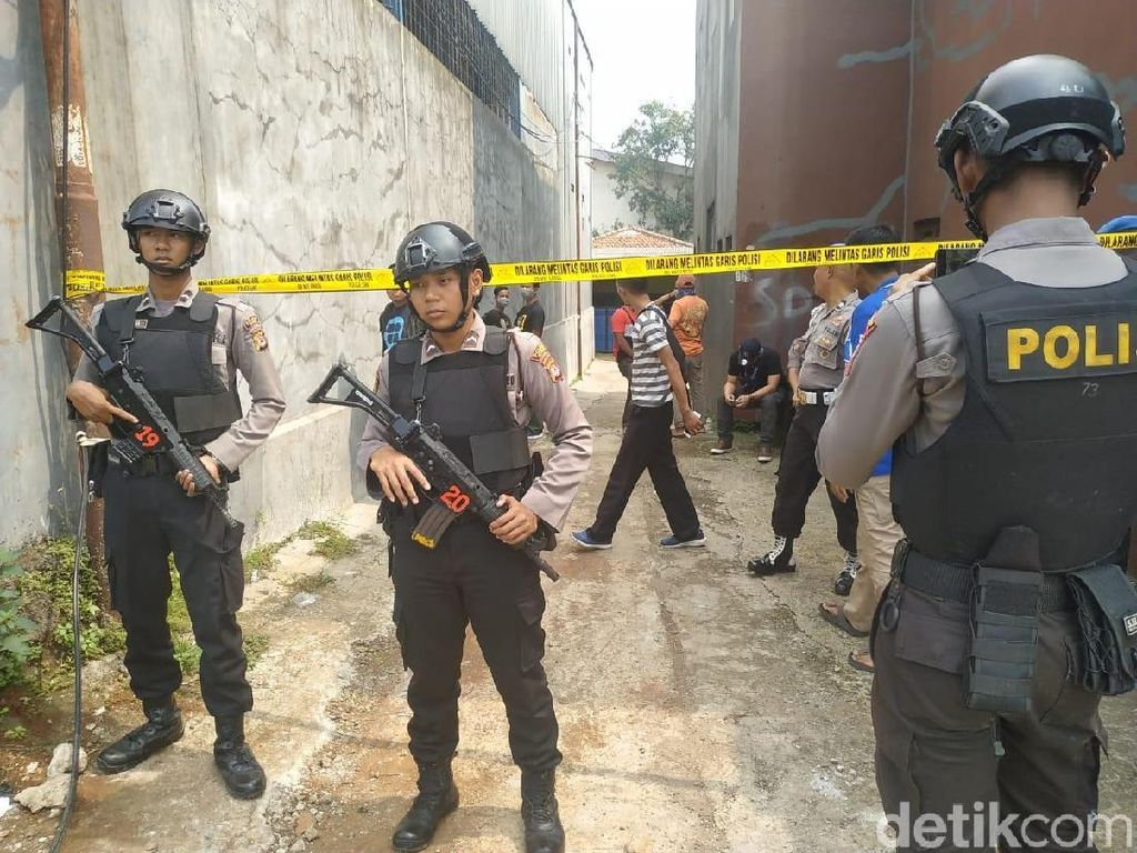 Terduga Teroris Pak Jenggot Dikenal Sebagai Juru Parkir