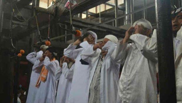 Menikmati Panggilan Azan Pitu di Masjid Cipta Rasa Cirebon