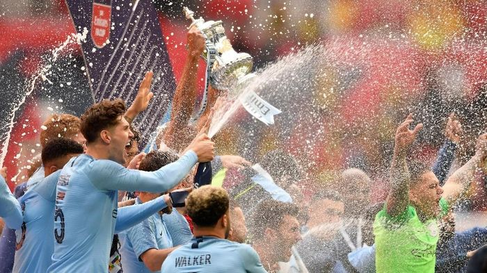 Manchester City juara Piala FA. (Foto: Toby Melville/Reuters)