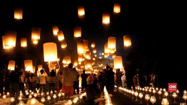 Thumbnail video perayaan waisak di Candi Borobudur