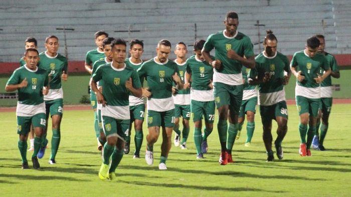 Persebaya Surabaya mesti bangkit melawan Kalteng Putra di lanjutan Liga 1 2019. (Foto: Suparno Nodhor)