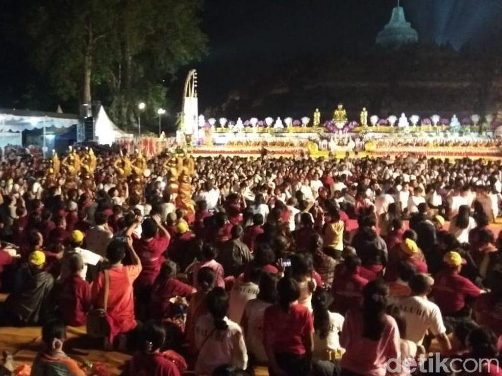 Menag: Tri Suci Waisak Jadi Momentum Umat Buddha Evaluasi Diri