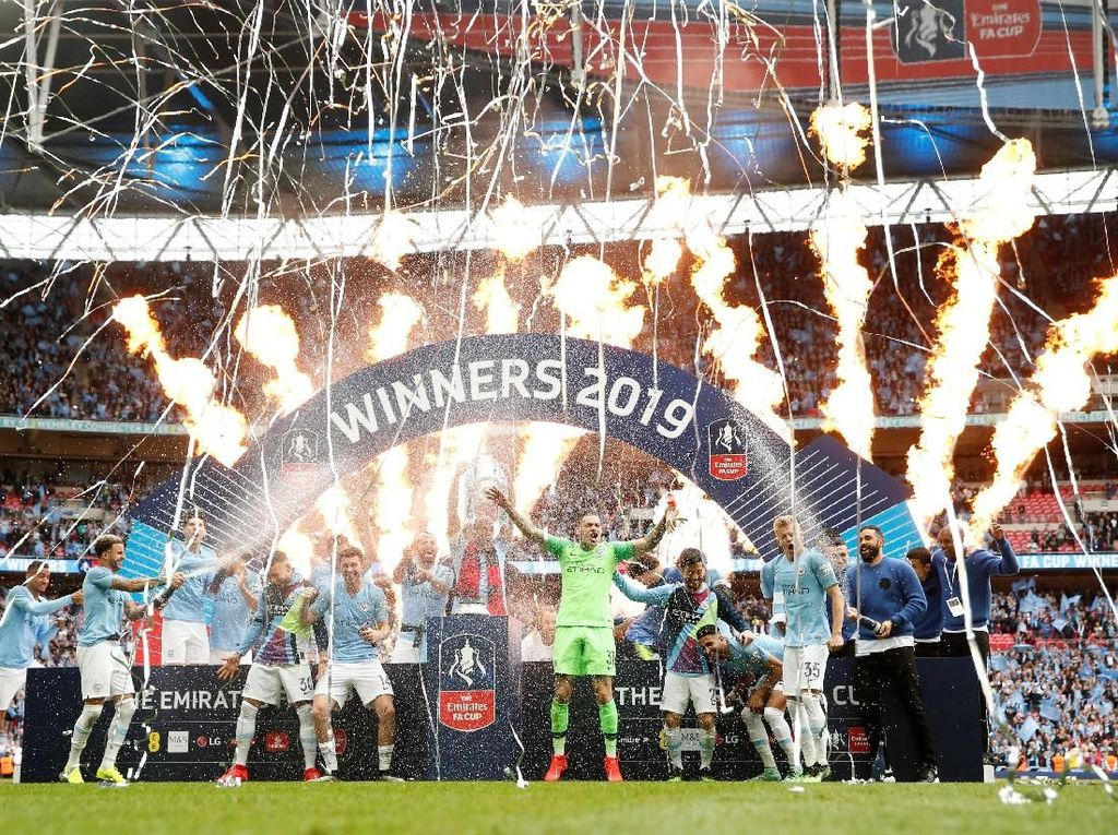 Manchester City Pesta di Wembley