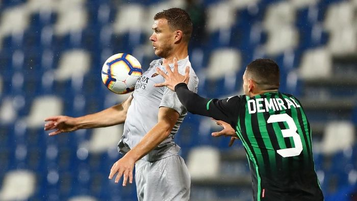 AS Roma diimbangi Sassuolo. (Foto: Marco Luzzani/Getty Images)