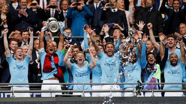Man City raih treble di musim 2018/2019.