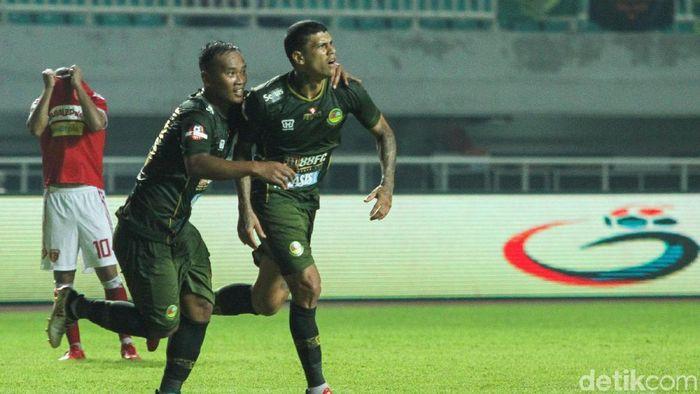 PS Tira Persikabo menang 3-0 atas Perseru Badak Lampung. (Foto: Rifkianto Nugroho/detikcom)