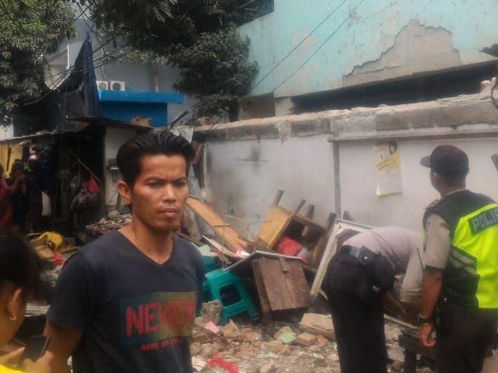 Polisi Tetapkan Tersangka Robohnya Tembok SD di Sawah Besar Besok