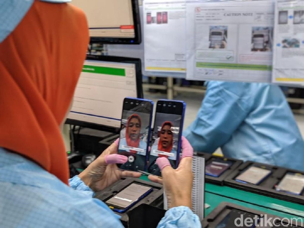 Melihat Langsung Perakitan Redmi Note 7 di Batam
