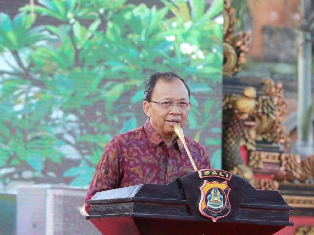 Gubernur Koster Kesal Banyak PNS Kerja Lelet: Birokrasi Sontoloyo!
