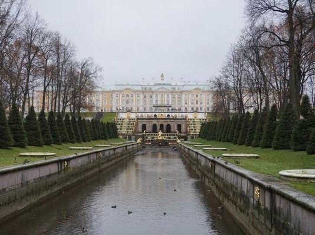 Istana Tepi Laut Rusia, Megah!