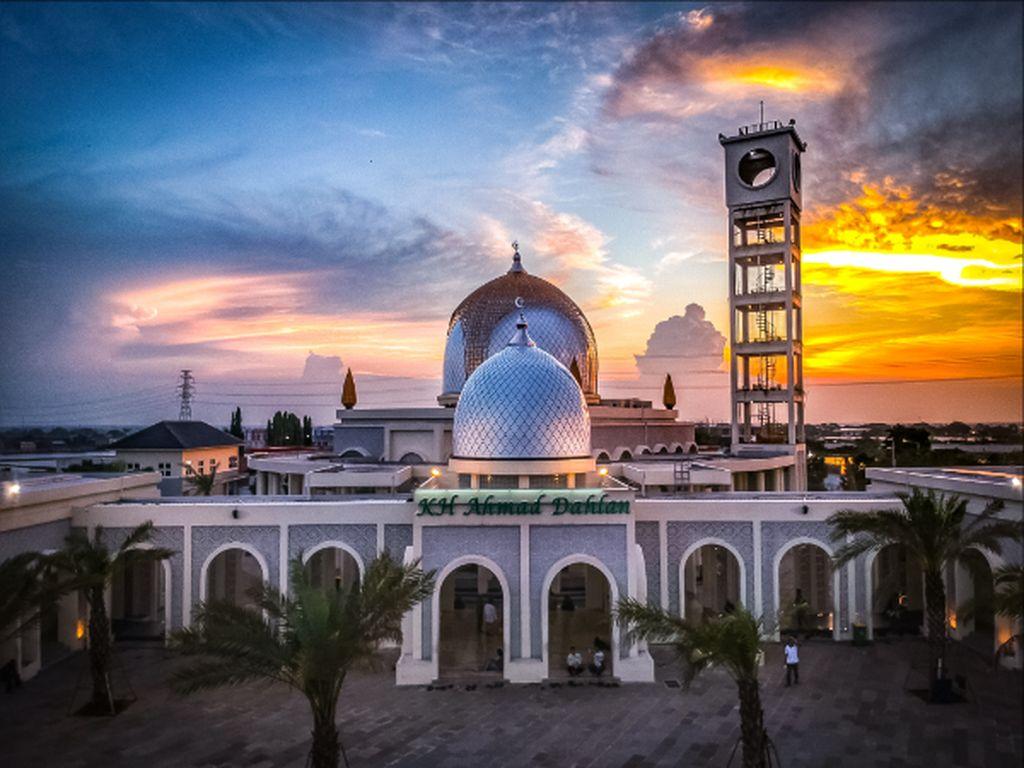 Masjid kh Ahmad Dahlan Gresik
