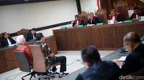 Video Bendahara KONI Divonis 1 Tahun 8 Bulan Penjara